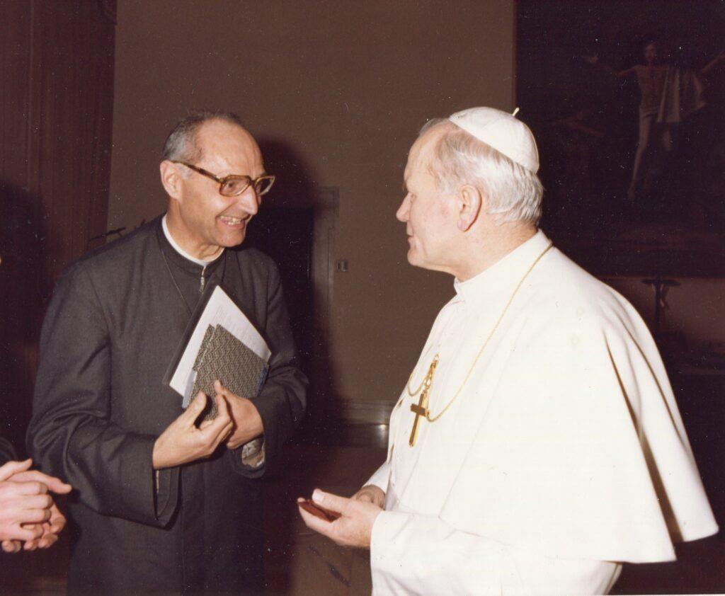Opera famiglia di Nazareth - Padre Silvestrelli fondatore (10)